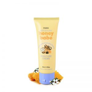 Contains pure natural Manuka Honey, Aloe Vera and Sweet Almond Oil in a smooth and creamy lotion to naturally soothe, soften and moisturise. Protects baby's delicate skin from harsh external elements.